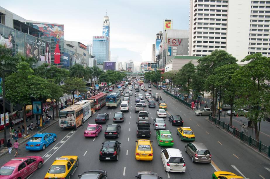 ภาพรถติดบนถนนในกรุงเทพมหานคร